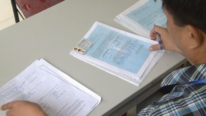 Giấy tờ cần xuất trình khi chứng thực sơ yếu lý lịch - Luật Trung Kiên