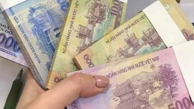 Xử lý hành vi vận chuyển, tiêu thụ tiền giả - Luật Trung Kiên