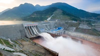 Công bố mới nhất về kết quả xét nghiệm chất lượng nước sông Đà - Luật Trung Kiên