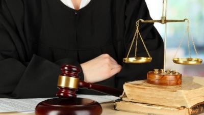 Tự ý bắt, giữ người - Luật Trung Kiên