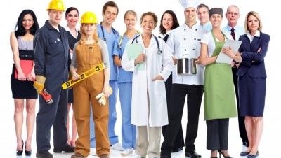 Khoản chi về trang phục cho người lao động có được trừ khi tính thuế? - Luật Trung Kiên