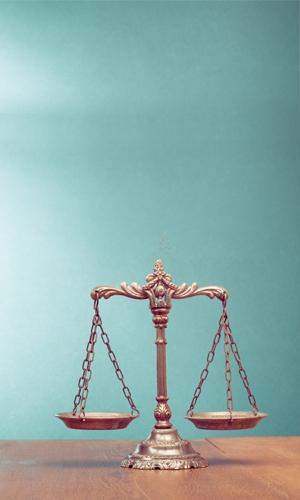 Page Right - Luật Trung Kiên